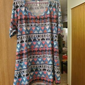 Lularoe tshirt